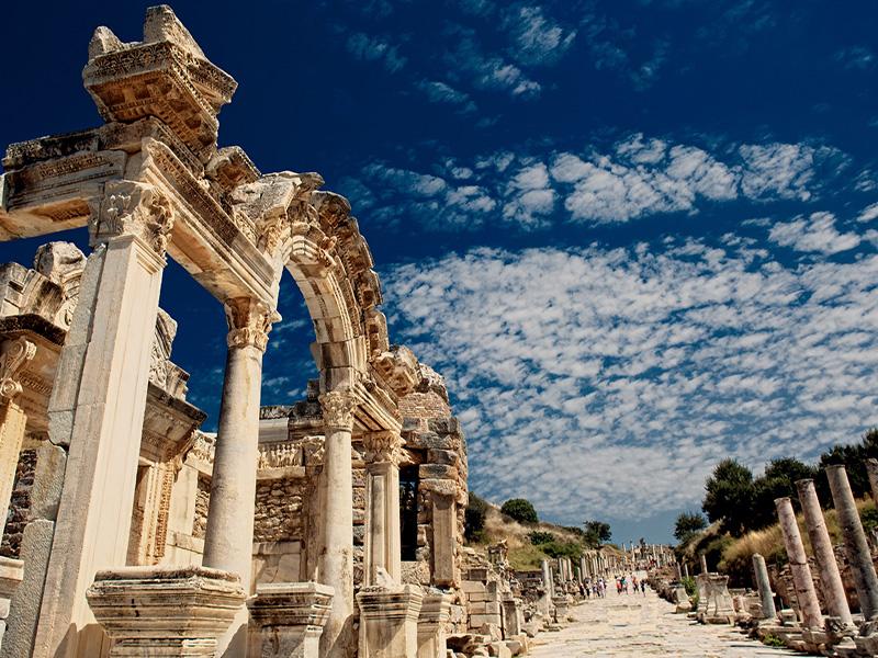 Çeşme Alaçatı Efes Şirince Nazarköy Turu
